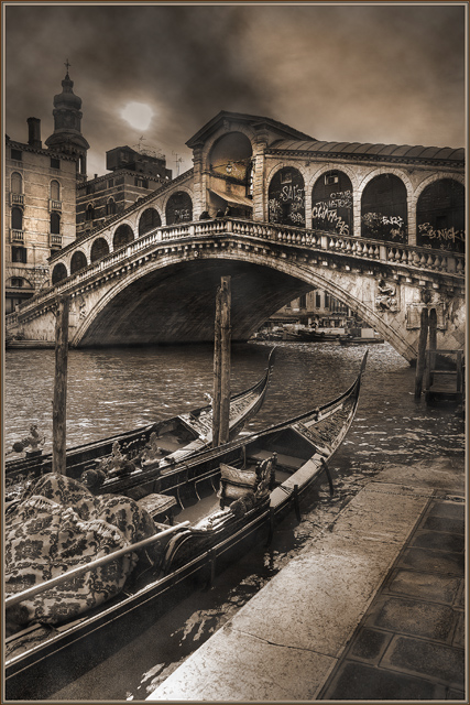 Rialto Bridge... the other side