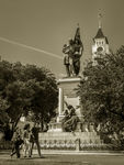 Title: Statue and TowerCanon EOS 700D (T5i)