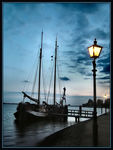 Title: A Ship by Light in Volendam,Fuji Finepix S7000