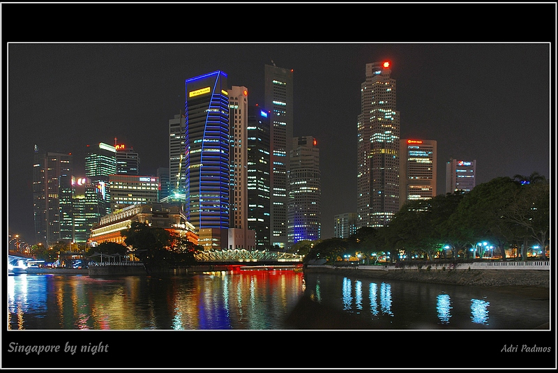 Sinapore by night