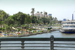Title: CAIRO, THE TRIUMPHANT CITY
