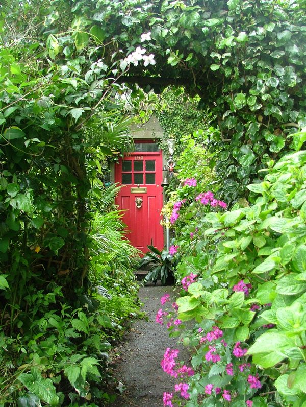 A little magic with red door...