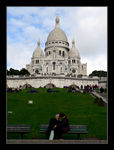 Title: Lovers in front of the Sacre Coeur