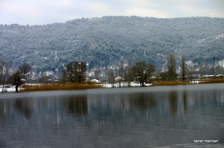 lake, snow and reflections