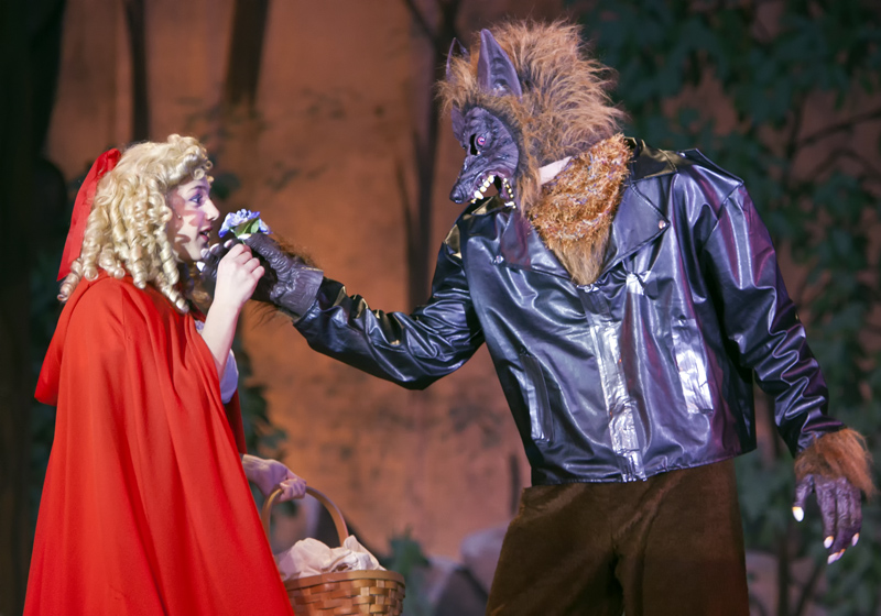 Red Ridinghood and The Wolf