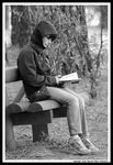 Title: Psiu ...!!! She is reading I