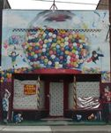Title: candy machine....for leaseSony DSC P-73