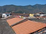 Title: Antigua rooftops