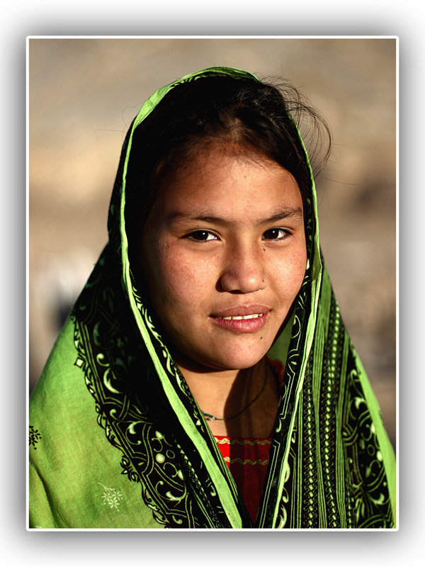 pic of hazara girls