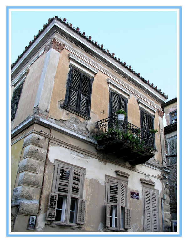 Neoclassical building-2