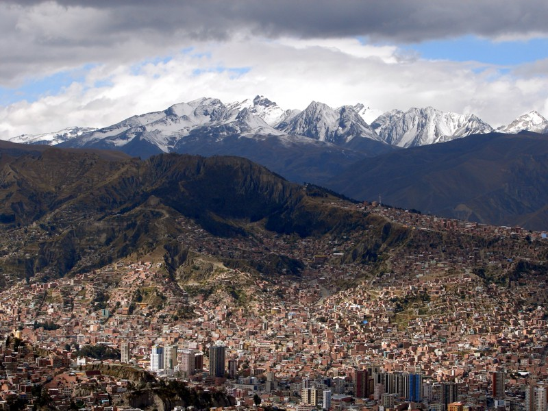 La Paz & The Mountain